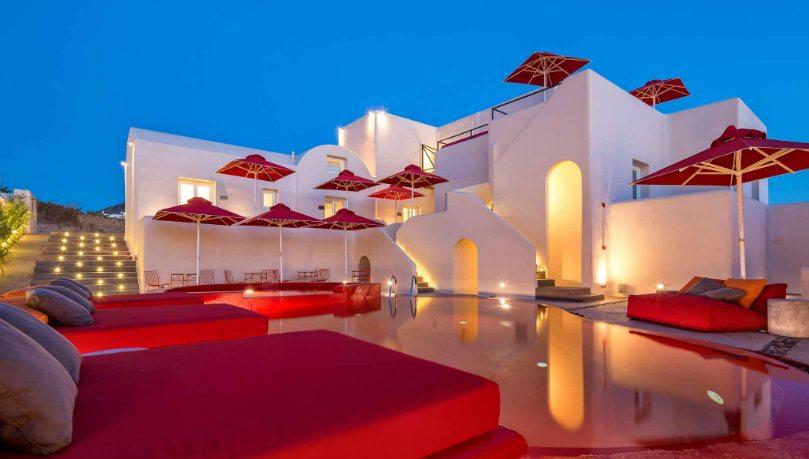 Made In Greece η Aqua Gallery που φιλοξενείται στο δικό της χώρο τέχνης στο Art Hotel