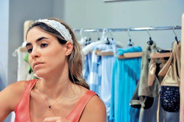 Στεφανία Φραγκίστα – Η μαθήτρια του Calvin Klein πουλάει made in Greece  μαγιό σε όλο τον κόσμο! a9be50b9471