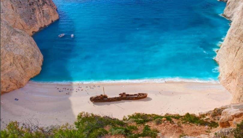 Η διάσημη παραλία «Ναυάγιο» στη Ζάκυνθο από ψηλά – Φωτογραφία: VisitGreece.gr