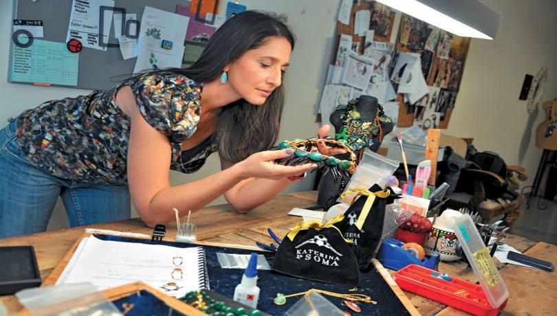 Αποκλειστικό – Katerina Psoma: Η διεθνώς αναγνωρισμένη σχεδιάστρια κοσμημάτων – Οι δημιουργίες της μαγνητίζουν κάθε βλέμα και κατακτούν τον πλανήτη!