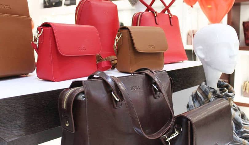 fc1ae9ea8b Σήμερα υπάρχουν 30 Doca Shops και Corners σε Ελλάδα και εξωτερικό και  προστίθενται συνεχώς καινούργια σε όλο τον κόσμο.