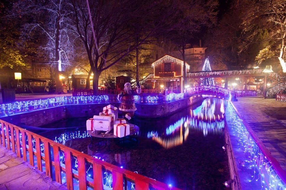 Χριστουγεννιάτικος προορισμός: Δράμα η αρχόντισσα της Βόρειας Ελλάδας, τα Χριστούγεννα μεταμορφώνεται σε «Ονειρούπολη» (ΦΩΤΟ)