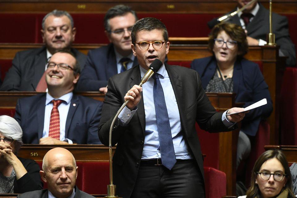 Ποιος είναι ο Λικ Καρβουνάς: Ο Έλληνας ηγέτης των Σοσιαλιστών της Γαλλίας (ΦΩΤΟ)
