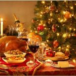 Η Ελλάδα στρώνει το χριστουγεννιάτικο τραπέζι: Τι μαγειρεύει; Τα γαστρονομικά έθιμα της χώρας για τα Χριστούγεννα και οι πιο ωραίες συνταγές