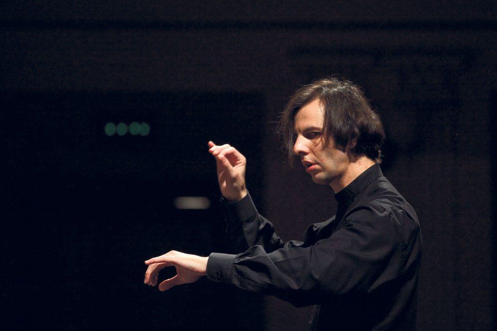 Ο διάσημος Έλληνας μαέστρος Θεόδωρος Κουρεντζής με την ορχήστρα του ξεκινάει περιοδεία στην Ρωσία (ΦΩΤΟ- ΒΙΝΤΕΟ)