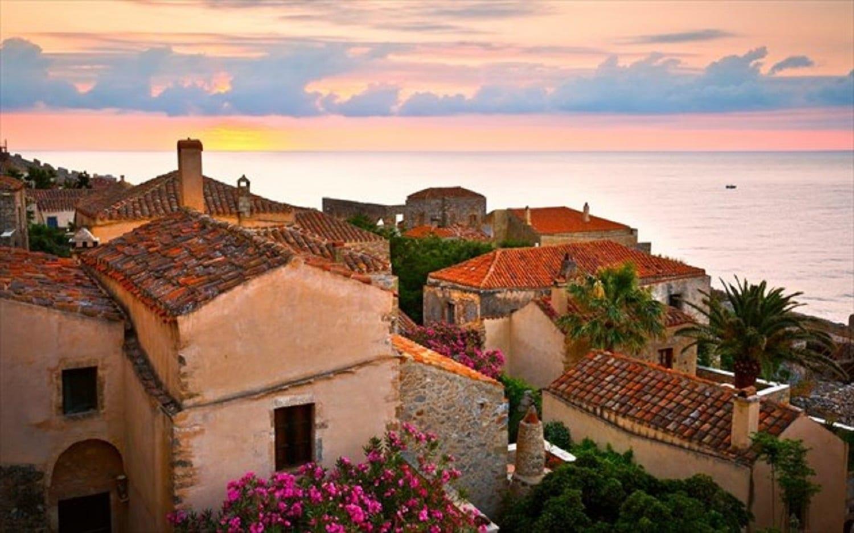 Travel And Leisure: H Πελοπόννησος στους 50 καλύτερους προορισμούς του 2018 (ΦΩΤΟ)