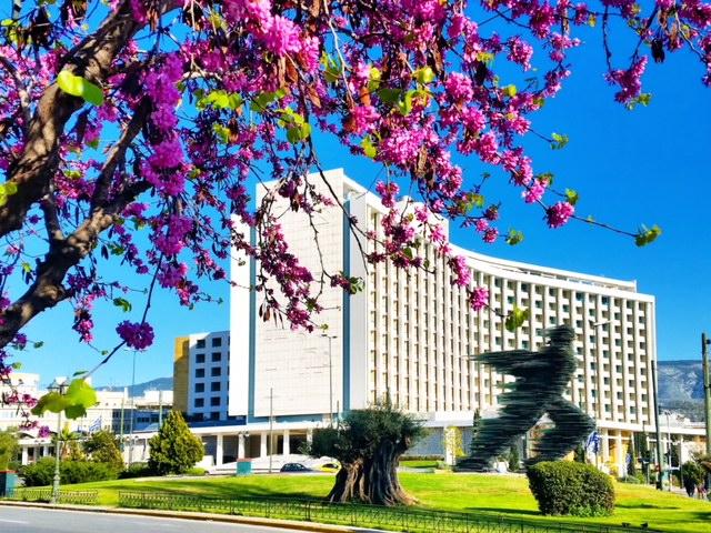 Πάσχα στην πόλη; – Ζήστε μια μοναδική γιορτινή εμπειρία στο Hilton Αθηνών