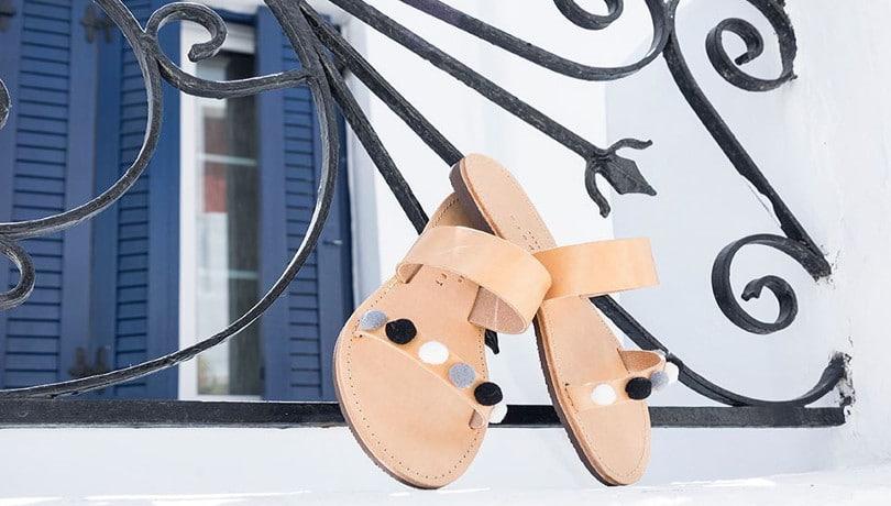 1a91d380691 Ελληνικό καλοκαίρι χωρίς τα σανδάλια Isapera της Μελίσσας Μεταξά ...