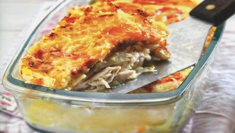 Πεντανόστιμη κοτόπιτα χωρίς φύλλο από την Αργυρώ Μπαρμπαρίγου- Πρέπει να τη δοκιμάσετε!