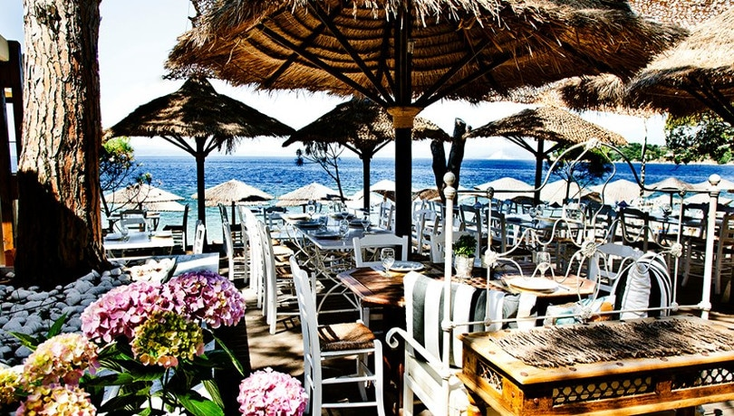 Porto Paradiso: Ένας παράδεισος με δροσιστικά κοκτέιλ & αυθεντικές ελληνικές γεύσεις δίπλα στα γαλαζοπράσινα νερά της Σκιάθου