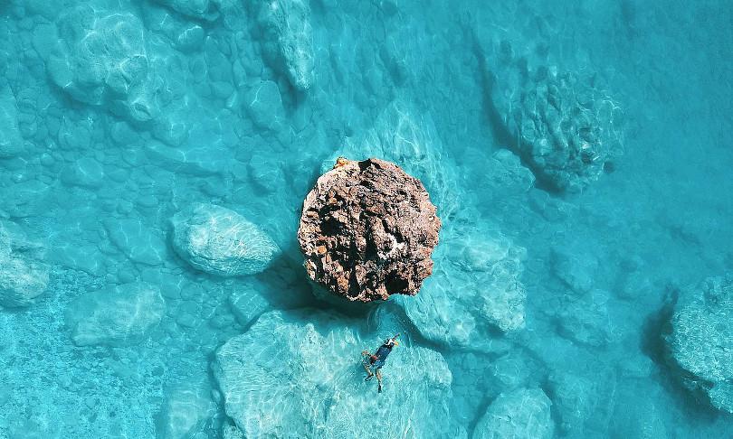 Μεγάλη Πέτρα: Παραλία σαν πολύτιμο μαργαριτάρι στην Λευκάδα - Η ...