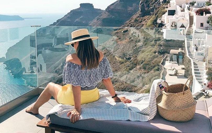 Ελένη Στασινοπούλου: Η Travel Blogger «αποβιβάζεται» στα ομορφότερα ξενοδοχεία της Ελλάδας