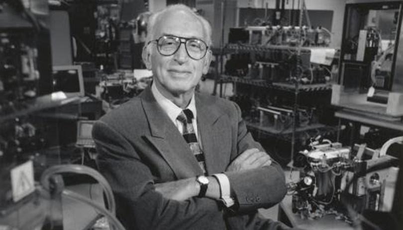 Ο εφευρέτης της τεχνητής καρδιάς, Γιώργος Χατσόπουλος, δεν ζει πια – Ο Έλληνας Αϊνστάιν «έφυγε» στα 91 (Βίντεο)