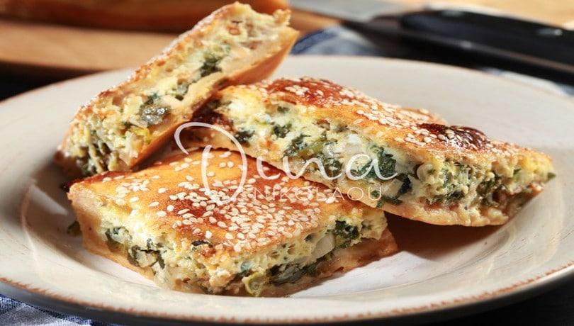 Λαχταριστή πίτα κουρού με πράσα & ρόκα από την καταπληκτική σεφ Ντίνα Νικολάου