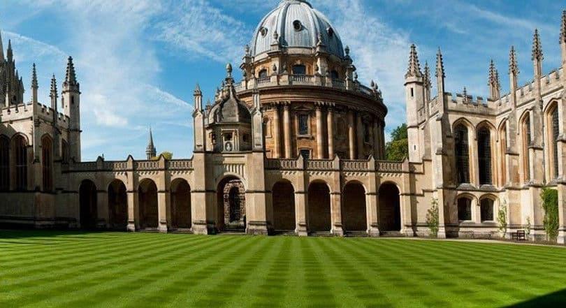 Μια λέξη που δεν θέλουμε αλλά…: Το Πανεπιστήμιο της Οξφόρδης ανακοίνωσε την λέξη της χρονιάς και είναι ελληνική (Βίντεο)