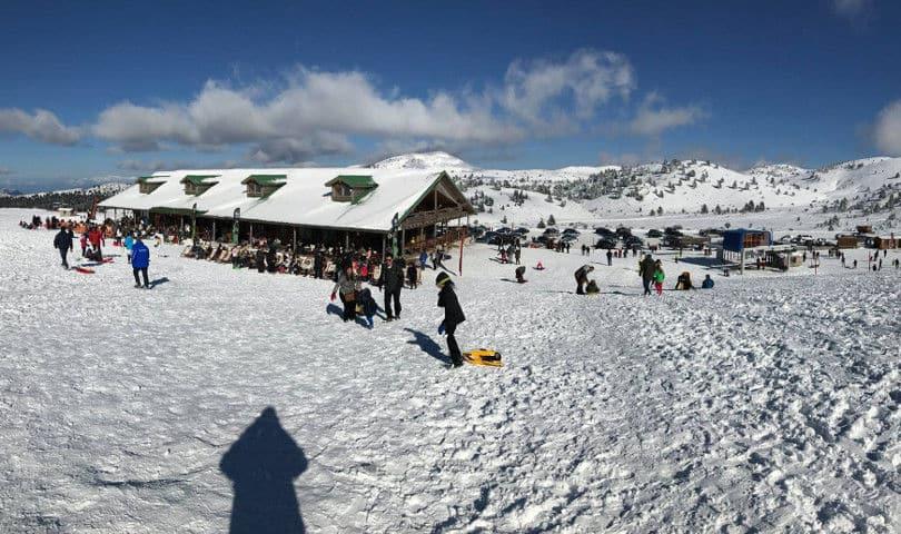 Χιονοδρομικό Κέντρο Καλαβρύτων: Ο Must προορισμός για μια χριστουγεννιάτικη εξόρμηση (βίντεο)