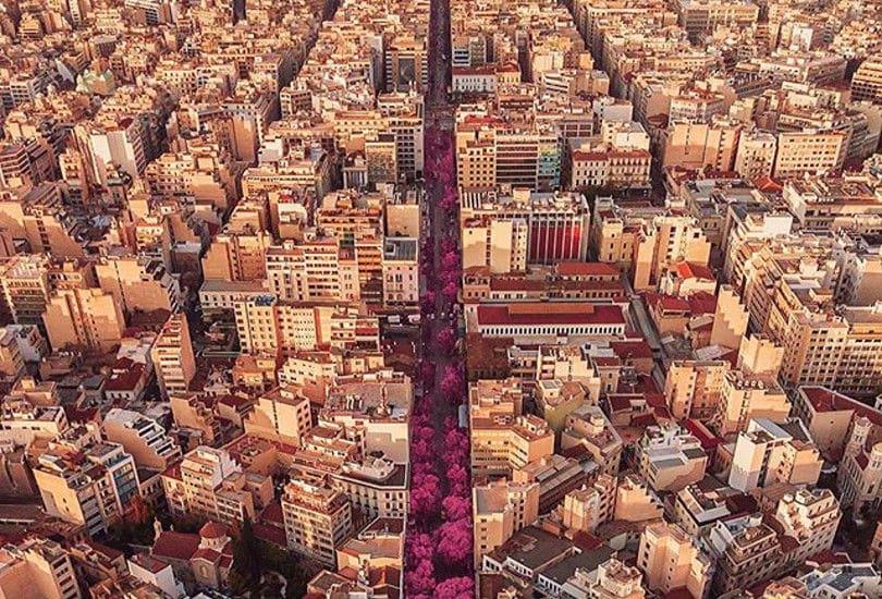 Αθήνα: Μοναδικά χρώματα λίγο πριν το ηλιοβασίλεμα – Απίθανη λήψη του τρομερού Κώστα Σπαθή