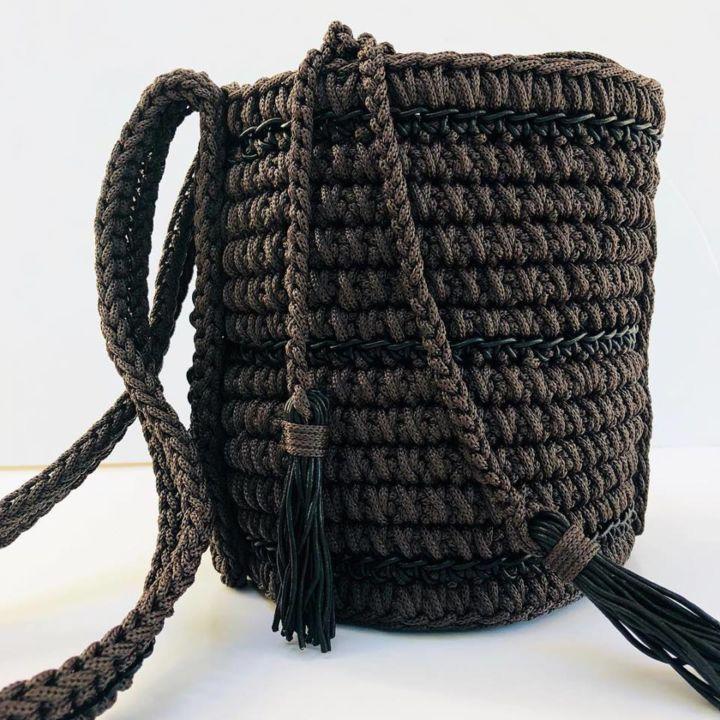Made in Greece οι Thoi  Χειροποίητες πλεκτές τσάντες με ανατρεπτικό ... 2d3e9d2a5e9