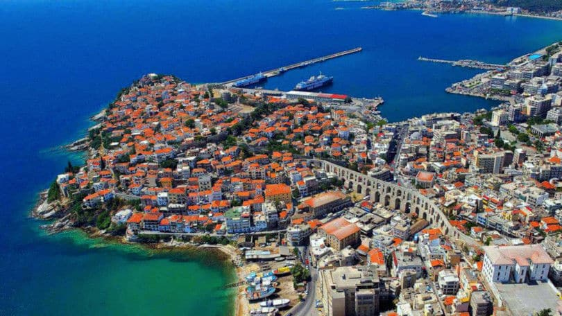 Καβάλα: Η γαλάζια πολιτεία της Μακεδονίας σε ένα καταπληκτικό βίντεο με πλάνα από Drone