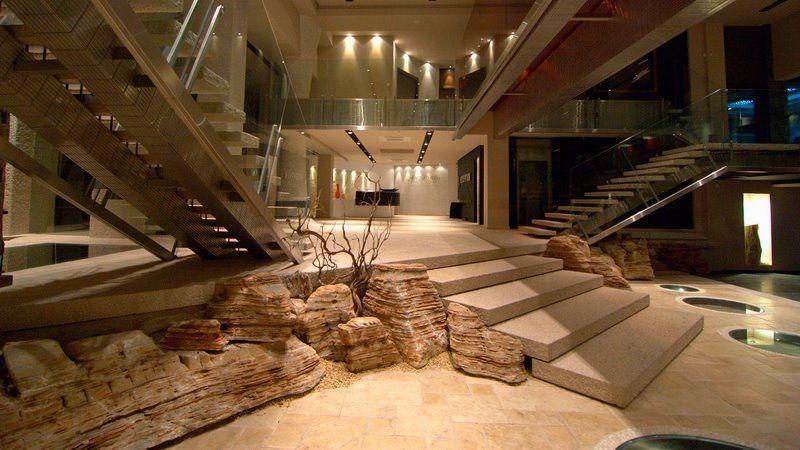 Αποκλ. Συναρπαστικό Made In Greece Story τα πετρώματα της «Ακρόλιθος» – H οικογένεια Χατζησάββα τα έφτασε σε 90 χώρες στις 5 Ηπείρους
