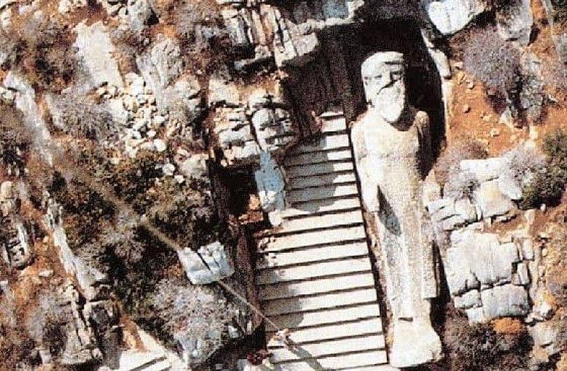 Βίντεο ημέρας: Κούρος του Απόλλωνα, ένα σπουδαίο εύρημα στο αρχαίο λατομείο της Νάξου