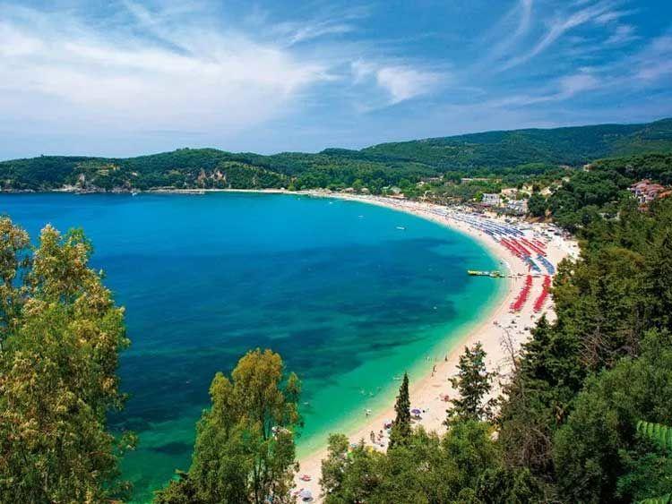 Βίντεο ημέρας: Βάλτος, ίσως η πιο τουριστική παραλία της Ηπείρου… Αμμουδερή & ιδανική για θαλάσσια σπορ
