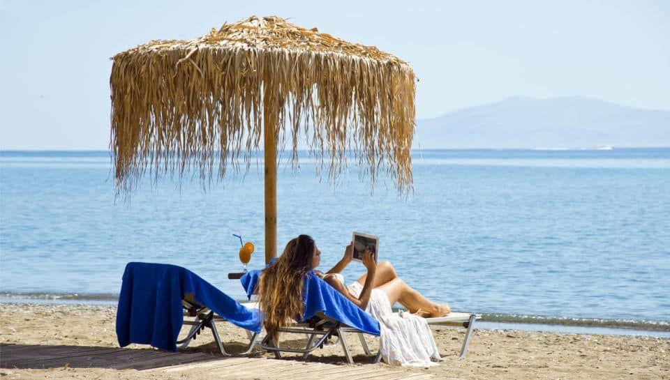 Makis Inn Resort στη Θερμησία: Ανεπανάληπτη θέα στον Αργοσαρωνικό, ελληνικές νοστιμιές & αυθεντική ελληνική φιλοξενία από την κ. Νέλλη & τους γιους της Γιάννη & Νίκο