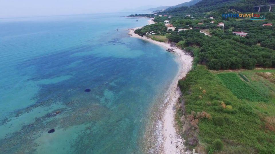 Βίντεο ημέρας: Ρίζα, η πανέμορφη γαλάζια παραλία της Πρέβεζας