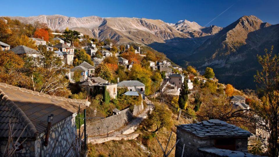 Βίντεο της ημέρας: Καλλαρύτες – Το παραμυθένιο χωριό των Ιωαννίνων από ψηλά