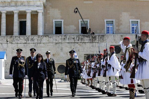 Ορκίστηκε η πρώτη γυναίκα Πρόεδρος της Ελληνικής Δημοκρατίας, Κατερίνα Σακελλαροπούλου/ Photo: EUROKINISSI/POOL ΠΡΟΕΔΡΙΑ ΤΗΣ ΔΗΜΟΚΡΑΤΙΑΣ/ΘΟΔΩΡΗΣ ΜΑΝΩΛΟΠΟΥΛΟΣ
