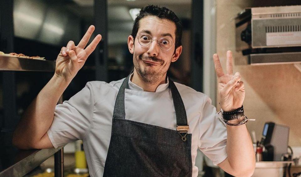 Αλέξανδρος Τσιοτίνης – Όλη η Live Instagram συνέντευξή του με την Ειρήνη Νικολοπούλου: Πως έχασα 60 κιλά δουλεύοντας σε γαλλικά εστιατόρια (βίντεο)
