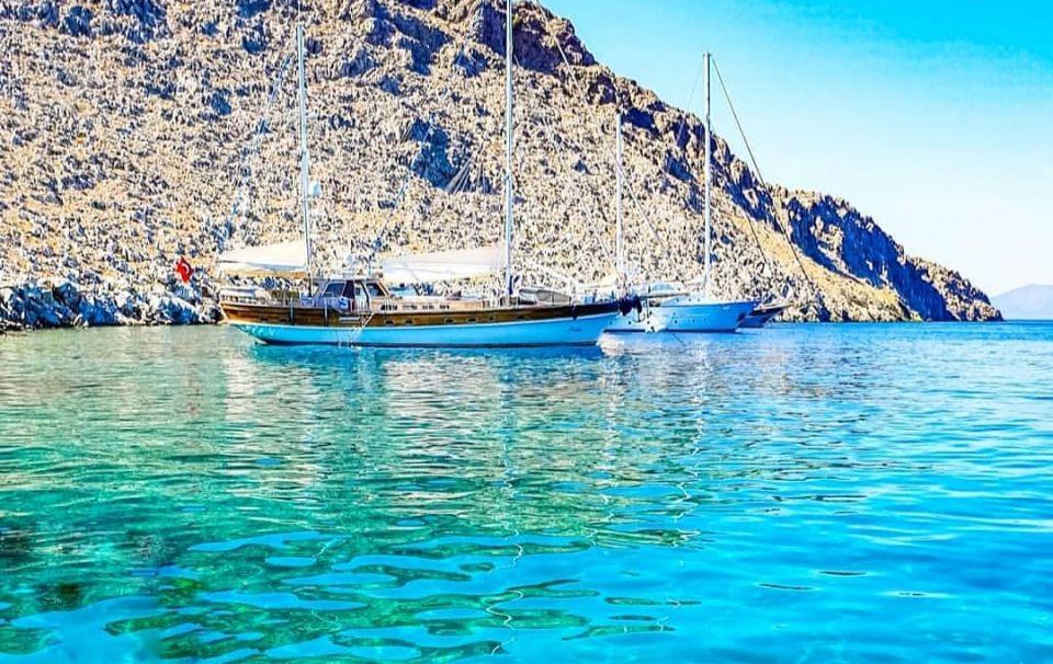 Καλοκαίρι 2020: #kasos – Το νησί των καπεταναίων & νοτιότερο των Δωδεκανήσων – «Ένα φιλί της θάλασσας της αφροστολισμένης» (φωτό)