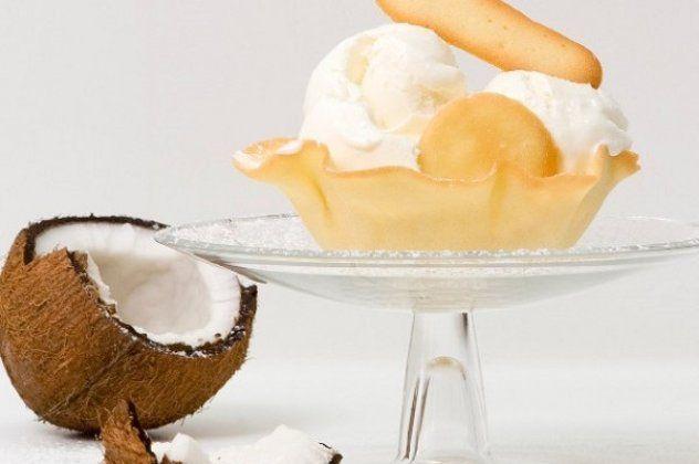 Σορμπέ καρύδας από τον Στέλιο Παρλιάρο: Ένα εύκολο και υγιεινό γλυκό – Ιδανικό για όσους δεν μεταβολίσουν τη λακτόζη