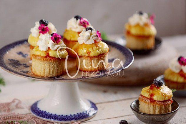 Ντίνα Νικολάου: Cupcakes Crème Brûlée - δυο αγαπημένα γλυκά σε μια μπουκιά! - ότι πιο λαχταριστό